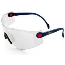 Gafa de ocular panorámico, con patillas regulables en longitud, ocular pivotante y puente nasal de material blando y suave.